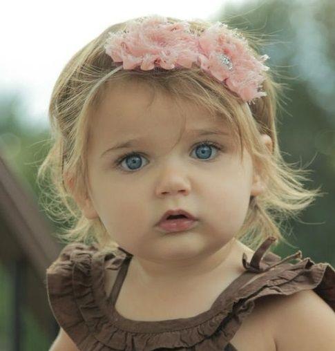 Baby beauty cute pictures pinterest b b beaut et - Fille au yeux bleu ...