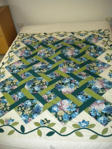 Rose trellis trellis and quilt on pinterest for Garden trellis designs quilt patterns