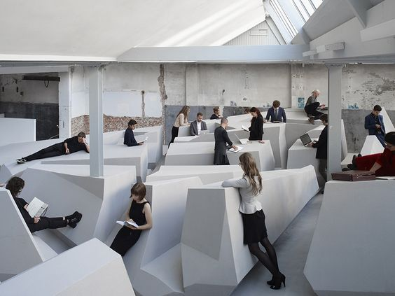 A Futuristic Dutch Office Concept with No Chairs | HUH.