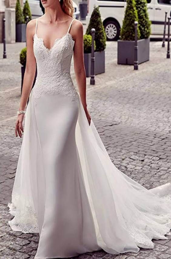 15 Detachable Train Wedding Dresses Under 200 Dollars For Brides Who Want A Removable Train Chiclypoised Wedding Dresses Detachable Train Wedding Dress Wedding Dress Train