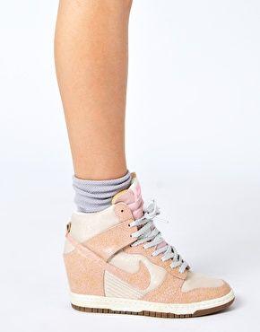 Enlarge Nike Dunk Sky High Top Pink Wedge Sneakers