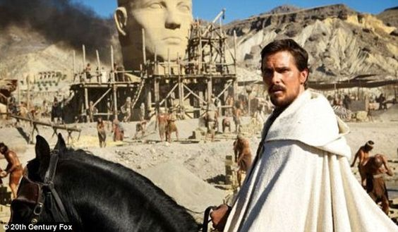 Christian Bale 'epico' nei panni di Mosè   Gossippando.it