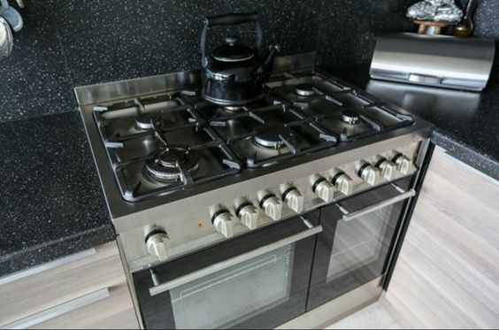 6pits gasfornuis met dubbele oven!