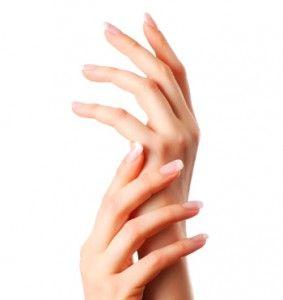Manucure soin des ongles et mains laver vos mains avec - Ongle coince dans une porte que faire ...