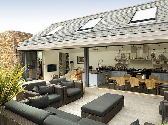 wonderful open plan indoor outdoor space | adamchristopherdesign.co.uk