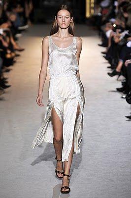 Stella McCartney | SS2011 Fashion Show  Paris Fashion Week