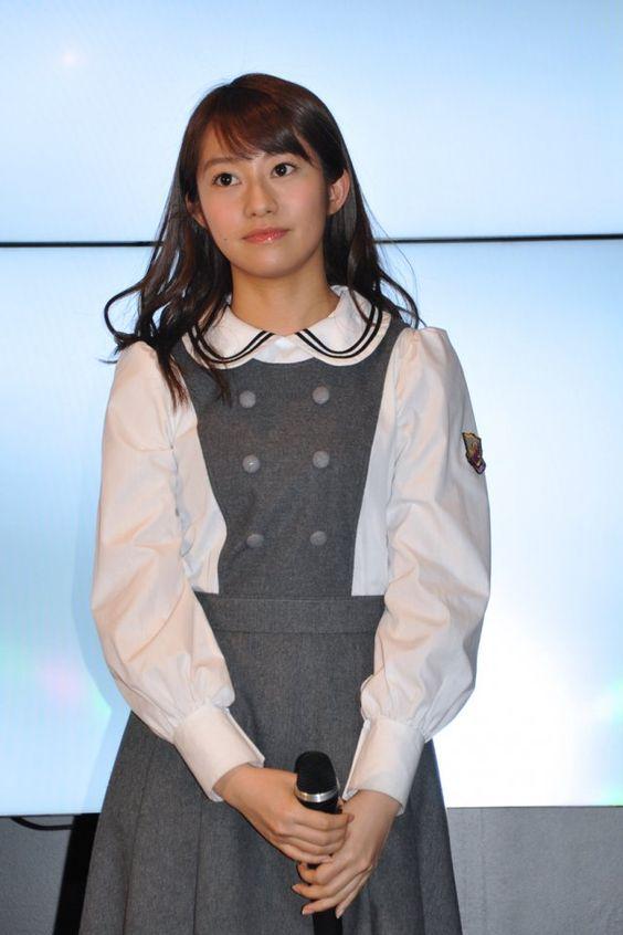 制服も着こなす桜井玲香のかわいい画像