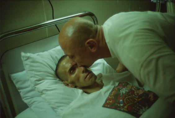 Sida, sexe, mort : Nan Goldin a immortalisé la vie sans filtre