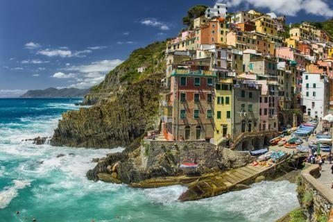 Europa Italia paisajes de la costa montaña