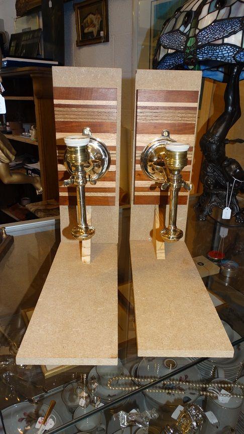 2 Muurlampen Bootkandelaars In Brons Voorzien Van Nieuwe Aansluiting Op Elektriciteit Met Muurstuk In Verschillende Houtsoorten 23 5 Muurlamp Lampen Brons