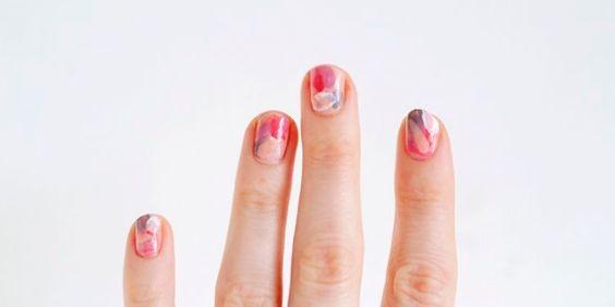 Diseños en acuarela de los que tus uñas se enamorarán