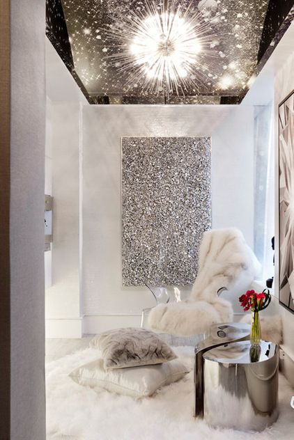 Glitz & Glam! Love the accent chairs and white fur throw. How stunning. www.luxebyminihaha.co.uk