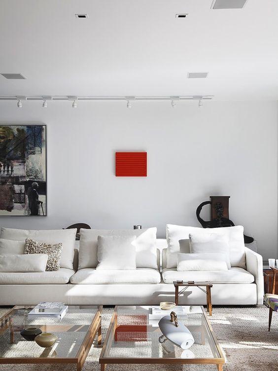 Sofa Branco em Living Contemporâneo