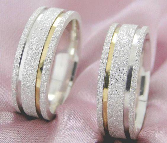 Alianças Compromisso Ouro e Prata  Diamantadas 7mm 12g VJ3427
