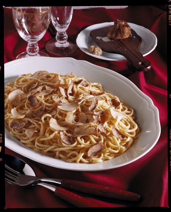 Tajarin al tartufo...(Piemonte)... :)