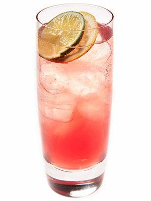 Spiked Pomegranate Lemonade #cocktail #recipe