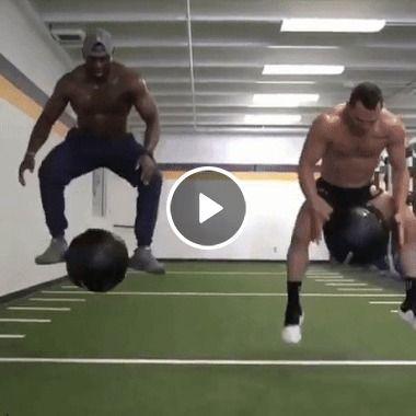 Homens e seus peso pesado