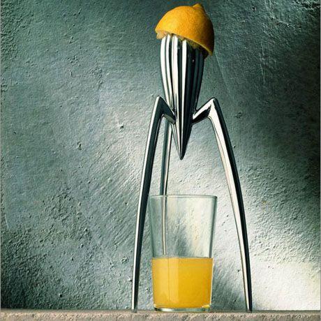 juicy salif philip stark 39 s lemon squeezer 1990 objects pinterest kitchenware. Black Bedroom Furniture Sets. Home Design Ideas