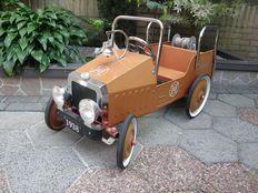 Marquant - coche retro a pedales (vehículo de bomberos) - metal y goma