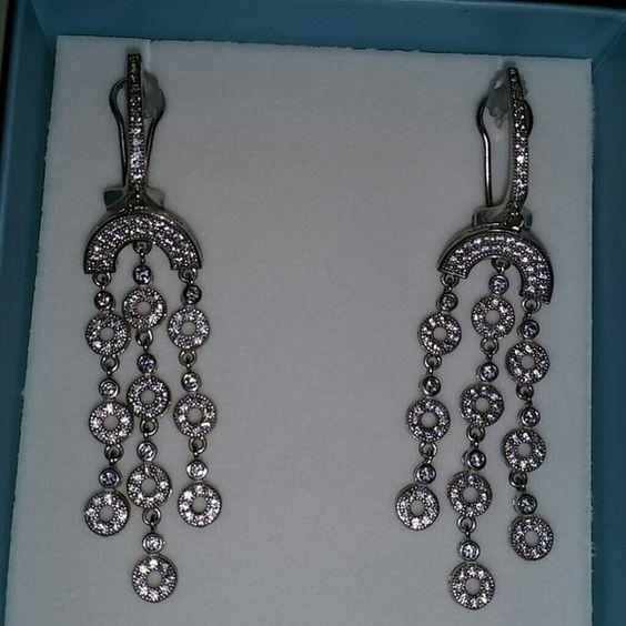 925 STERLING SILVER earring  set. Gorgeous  Sterling  silver dangle earring set  6.0gr. Brand new. Jewelry