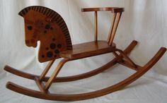 vecchio cavallo a dondolo in legno antiquariato gioc04