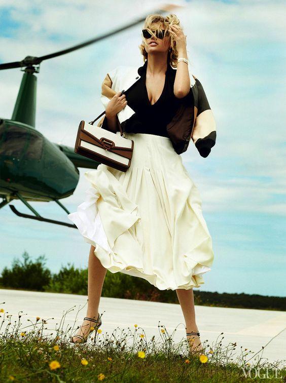 Kate+Upton+Vogue+US+June+2013-003