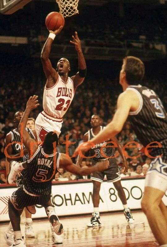 In a home loss the GOAT dropped 64 on the Orlando Magic with a sprained wrist in Chicago.