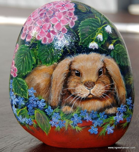 HANDPAINTED ROCK,bunny,FLORAL,animals,art,STONE,yard,GARDEN DECOR,ngreshamart