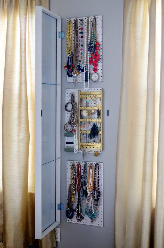 Pinterest le catalogue d 39 id es for Meuble a bijoux ikea