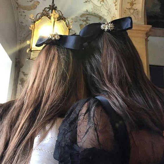 Hair accessoires