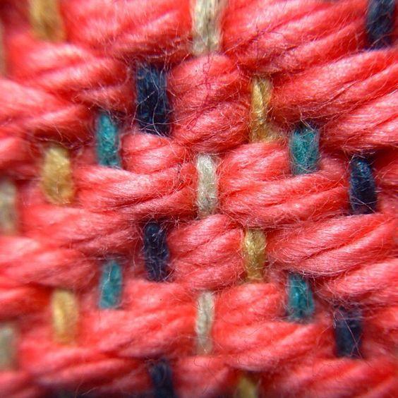 Coral Chevron on the loom. www.pidgepidge.etsy.com