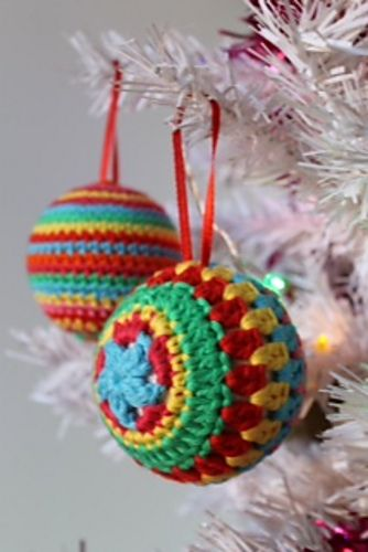 Free Crochet Pattern Christmas Bauble : Bright Baubles Hanging Ornament By Annaboos House - Free ...