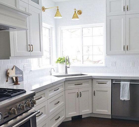 18 Space Saving Corner Sink Ideas That Are Ideal For Small Kitchens Kitchen Remodel Small Kitchen Sink Decor Corner Sink Kitchen
