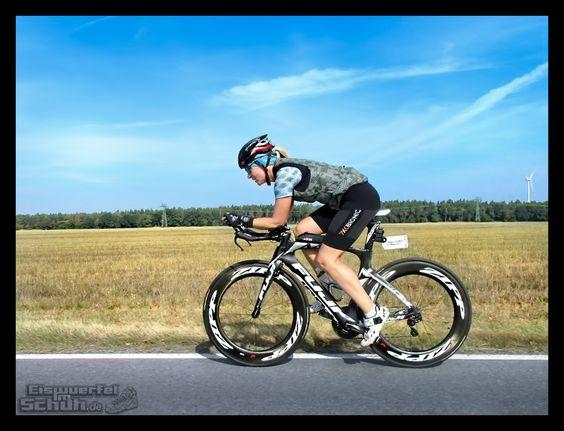 Triathlon Training {  #Triathlonlife #Training #Triathlon } { via @eiswuerfelimsch http://eiswuerfelimschuh.de } { #motivation #trainingday #triathlontraining #sports #raceday #swimbikerun #running #swimming #cycling @garmind @garminaustria }