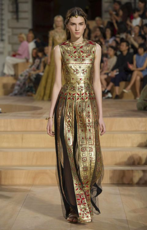 Daniela contreras Modern inspired  Byzantine clothes. This dress has vertical and horizontal bands in the center front as well  as the neck. This dress incorporates segmantae decorations.