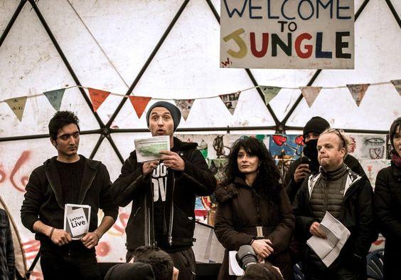 Jude Law à Calais pour soutenir les enfants de la «Jungle» Check more at http://info.webissimo.biz/jude-law-a-calais-pour-soutenir-les-enfants-de-la-jungle/