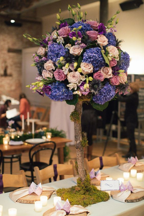 "flower ""tree"" centerpiece, photo by Martina Micko Photography http://ruffledblog.com/the-notwedding-nyc-ii #centerpieces #weddingideas  #centros de mesa #bodas"