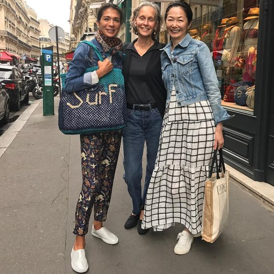 "432 Likes, 9 Comments - Linda Wright (@lindavwright) on Instagram: ""These two ladies are from Hong Kong and work for Chanel. They make numerous trips to Paris each…"""
