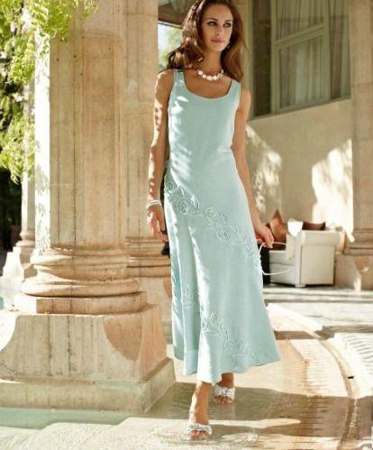Robe mère de la mariée : un style classique et élégant. Disponible en grande taille, judsqu'au 52 pour 69€ #mariage #cérémonie