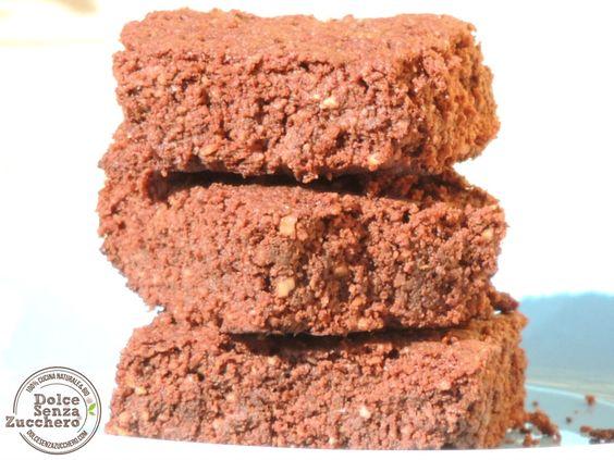 Brownies al Cioccolato e Noci Brasiliane (Senza Farina, Senza Glutine, Senza Latticini)