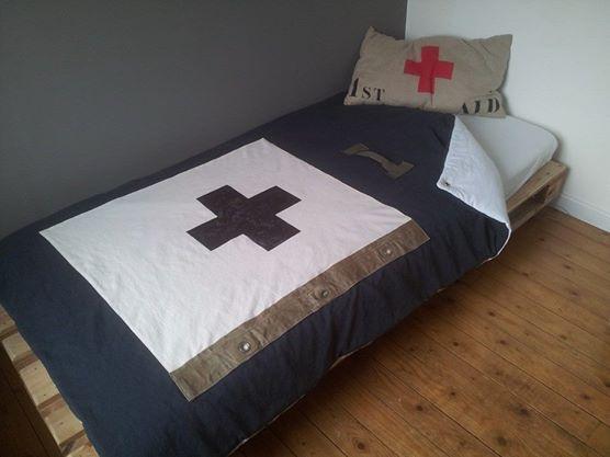 edredon en coton ancien gris grenier de ninon. Black Bedroom Furniture Sets. Home Design Ideas