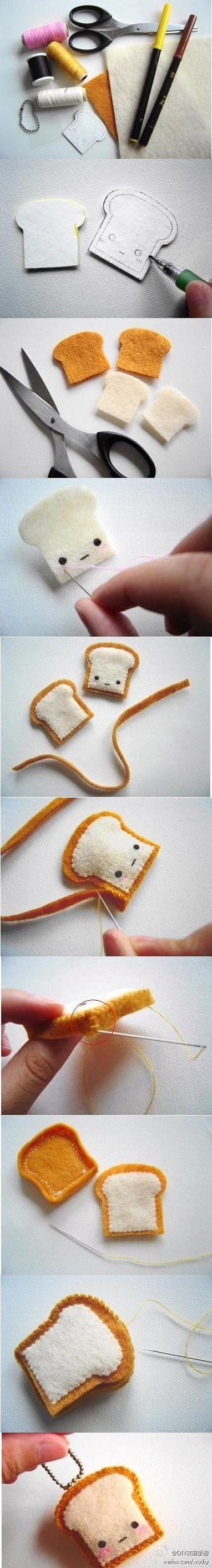 felt slice of bread: Toast Keychain, Diy Crafts, Diy Felt, Felt Toast, Felt Food, Toast Charm