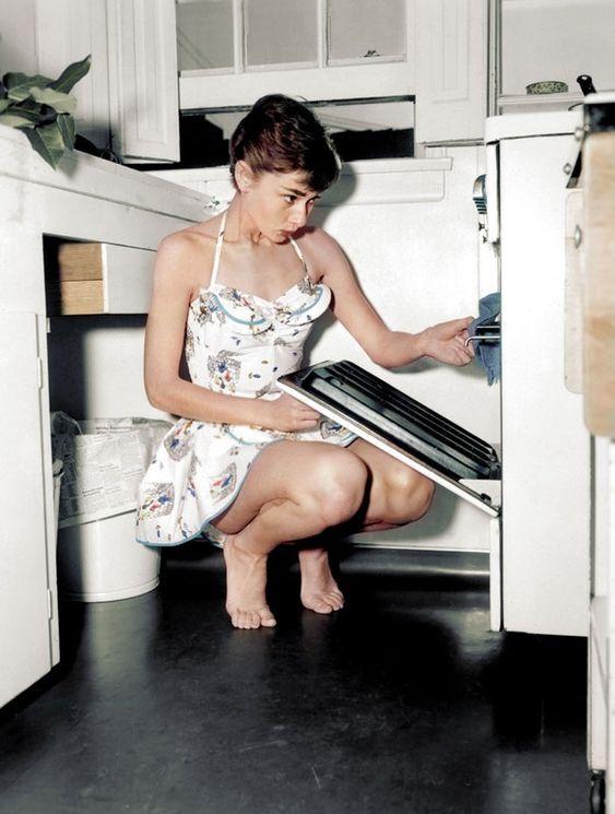 Audrey Hepburn en color para sacar los colores