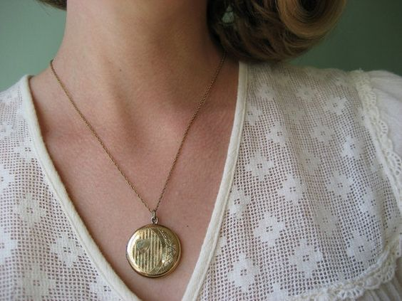 vintage locket / 1960s jewelry / YOUNG LOVE by jeanjeanvintage, $68.00