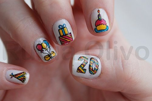 20th Birthday Nails..... Maybe hubby will take me to get my nails done like this this weekend!!!