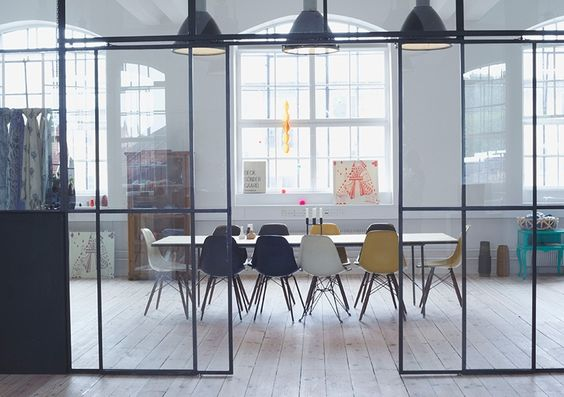 Cloison verre vitr s atelier cloisons pinterest for Paroi vitree style atelier