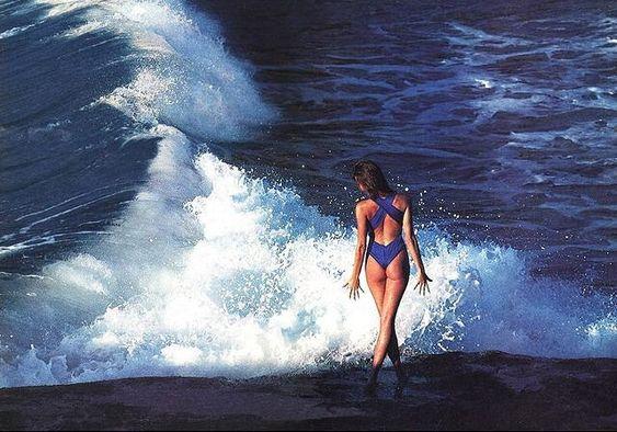 #Inspiration via @born.on.the.beach - #COOL #bluecolor #ocean #summercalling #summer2016 #eresparis #eresinspired #swimwear #bluedive - Elle Macpherson by Brian Lanker for Sports Illustrated. Kalbarri, Australia, 1985.