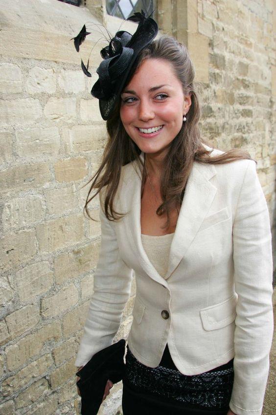 Mi történt Katalin hercegné szemöldökével?