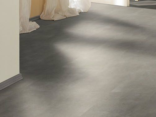 How To Install Laminate Flooring On Concrete Slab Flooring Ideas - What goes under laminate flooring on concrete