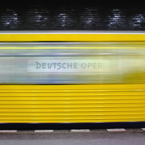 U-Bahn Deutsche Oper Berlin | repinned by an #Reiseagentur für Kita- und #Klassenfahrten from #Berlin / #Germany - www.altai-adventure.de | Follow us on www.facebook.com/AltaiAdventure#!/AltaiAdventure
